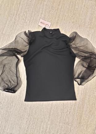 Блузка с руковами фонариками из органзы