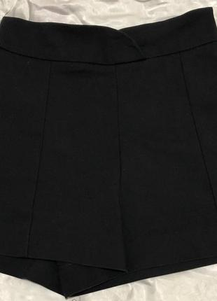 Класичні шорти з високою талією