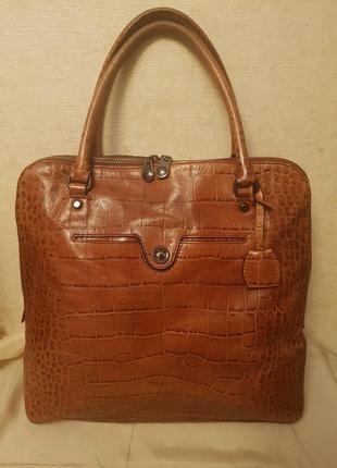Удобная, практичная сумка  супер бренда karen millen!