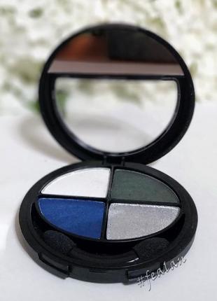 4-х цветные тени flormar compact quartet eye shadow electric tones 409