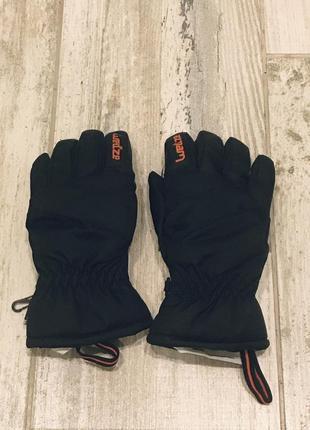 Детские горнолыжные перчатки