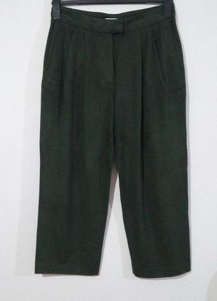 Гарні укорочені брюки з защипами під нубук
