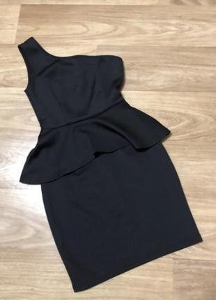 Платье коктейльное мини