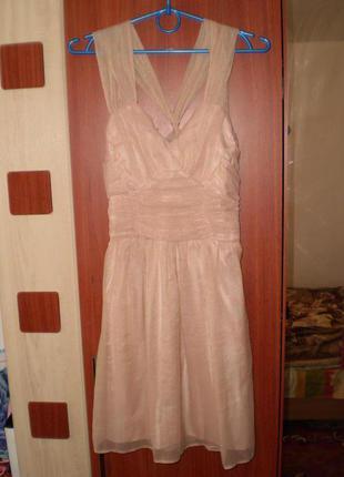 Нежное платье
