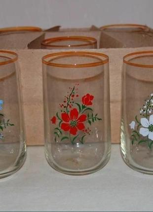 Набор стеклянных стаканов ссср