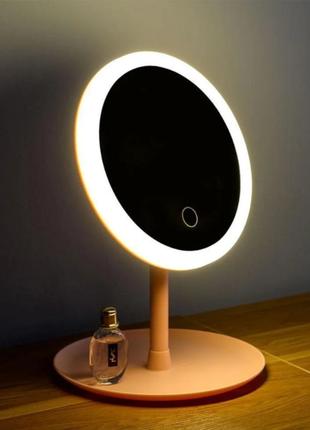Зеркало для макияжа с led-подсветкой, со встроенным аккумулятором.