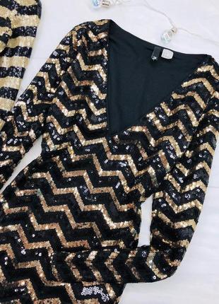 Черно золотое платье в паетки
