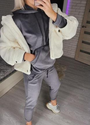 Тёплый костюм велюр