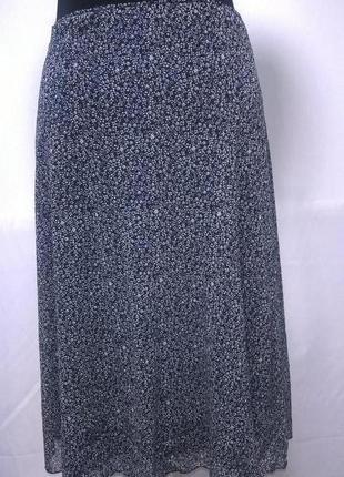 Классная юбка в мелкий цветок на лето s.oliver