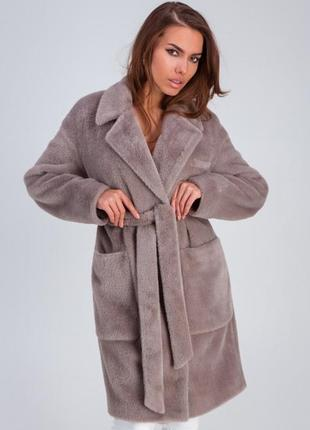 Стильное меховое пальто «ума»