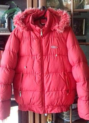 Очень теплая куртка с капюшоном на размер 50-52/xl-xxl