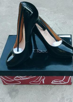 Туфли лаковые черные t.taccardi
