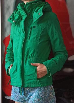 Стильна якісна куртка abercrombie 300 грн