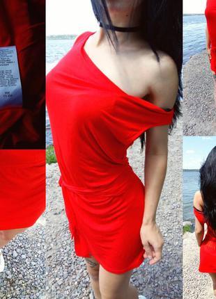 Крутое платье свободное.на поясе завязывается