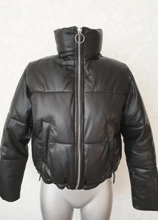 Куртка пуффер bershka
