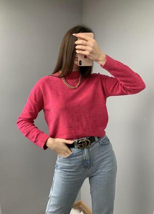 Яркий розовый свитер дорогого бренда &other stories