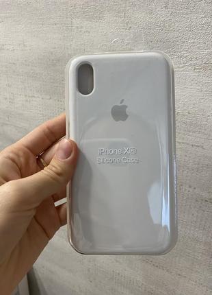 Чехол iphone xr original silicone case белый  цвет низ закрытый