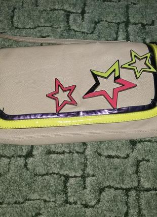 Стильный бежевый клатч с неоновыми звездами + подарок