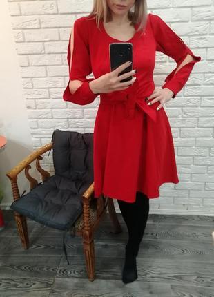 В связи с закрытием магазина распродажа платье нарядное на новый год