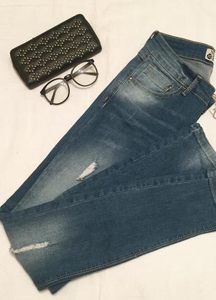 Новые кэжуал джинсы