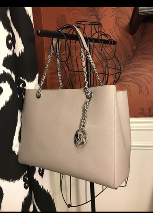 Сумка michael kors saffiano leather susannah large tote bag in pearl grey