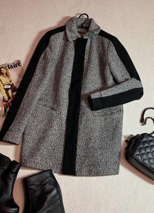 Стильное пальто,размер l