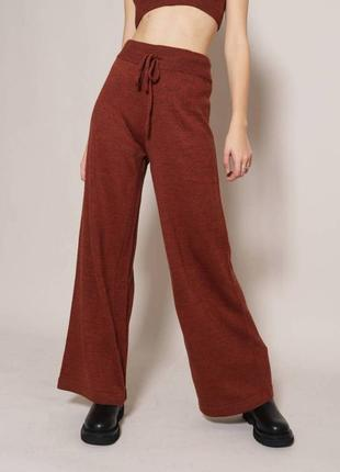 Вязаные брюки свободного фасона