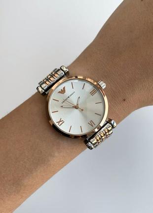 Женские наручные часы серебристые на металлическом браслете серебро с розовым золотом