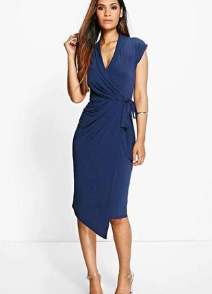 Boohoo платье темно синее с поясом эластичное классическое