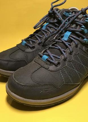 Женские треккинговые мембранные термо ботинки rockport
