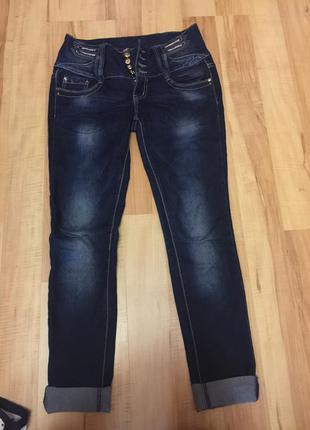 Продам джинсы высокая талия