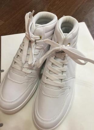 Кеды h&m белые/кроссовки из искусственной кожи на шнуровке/36р (23см)