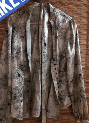 Шелковая рубашка принт блузка