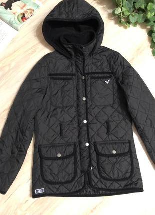 Стёганая куртка пиджак с капюшоном