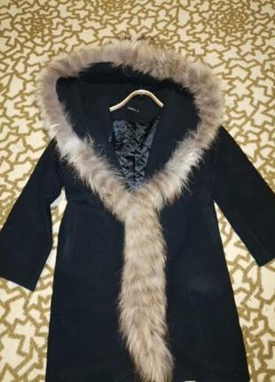 Зимнее кашемировое пальто с натур мехом