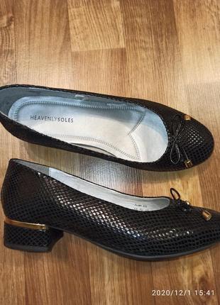 Туфли женские р.40-41