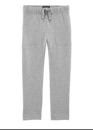 Спортивные штаны из плотного трикотажа
