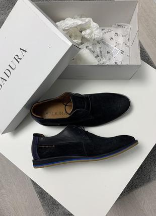 Продам нове взуття badura