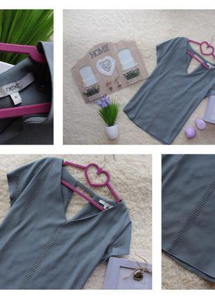 Стильная шифоновая блузка с вырезом на спине