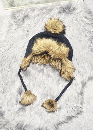 Теплая зимняя шапка с мехом hollister