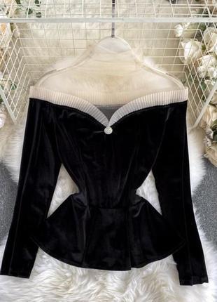Чёрная блузка бархатная