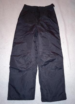 8-9  лет крутые термо штаны из канады рост 140