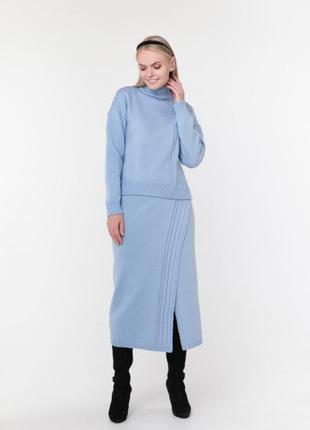 Теплый вязаный костюм свитер с юбкой миди