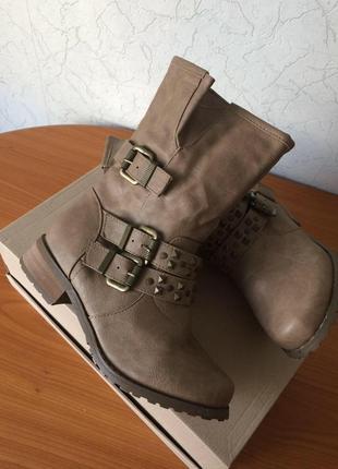 Ботинки в стиле вестерн new look