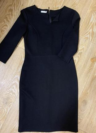 Шикарное чёрное платье с молнией на спине