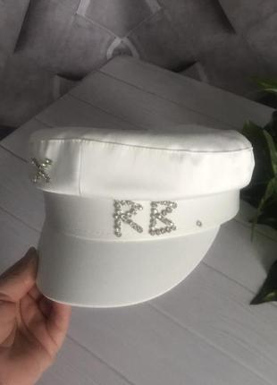 Женский картуз кепи фуражка rb атласный с камнями белый