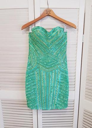 Зеленое нарядное платье scala