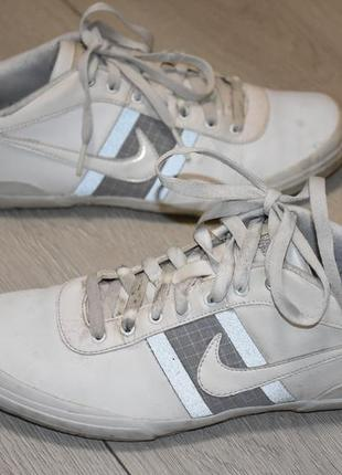 Кожаные кроссовки кеды nike оригинал размер 40 стелька 25 см оригинальные