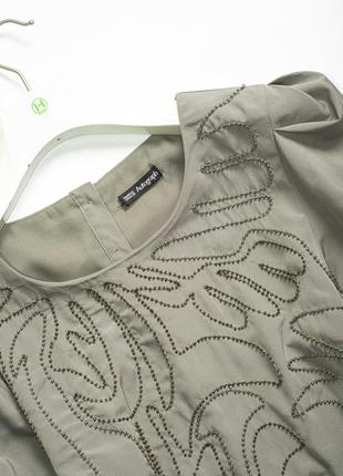 Стильное блестящее платье с бисером и рукавами буфами на новый год корпоратив s