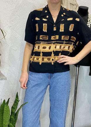 Винтажная укорочённая блуза чёрного цвета с коричневым орнаментом just elegance